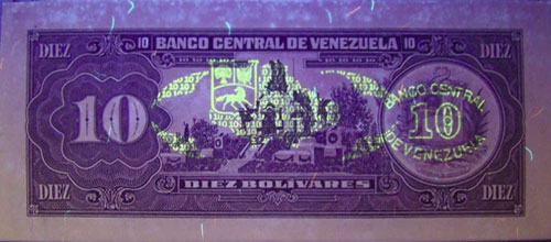 Piece bbcv10bs-eb04-r8 (Reverse, under ultraviolet light)
